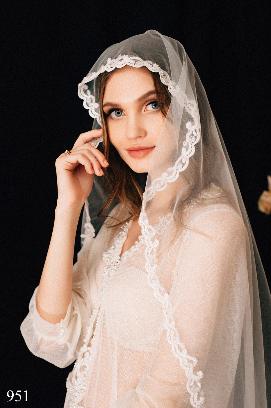 Wedding Veil Syden , Bridal Lace Veil, Chapel Cathedral Veil Tulle Cathedral Length, With Comb, One Tier